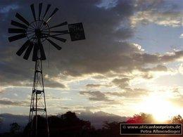 Sandai: Windrad für die Grundwasserbeförderung