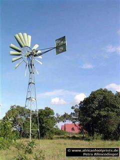 Sandai: Windmühle zur Wasserversorgung